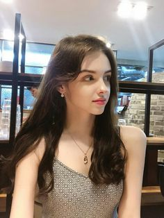Easy Hairstyles for Meduim Length Hair For This Season - Page 3 of 20 - Fashion Cute Girl Pic, Stylish Girl Pic, Cute Girls, Pretty Girls, Beautiful Girl Image, Beautiful Asian Girls, Gorgeous Women, Beauty Full Girl, Beauty Women
