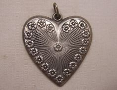 VINTAGE FORGET-ME-NOT HEART PENDANT ENGRAVED PEWTER NORWAY