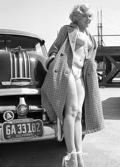 Marilyn Monroe +