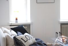 How to cozy up your home for fall: http://divaaniblogit.fi/charandthecity/2013/10/22/syksyinen-sisustus/