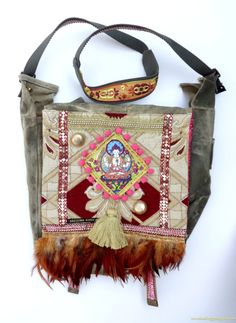 Vintage OOAK pimped Armybag by Hot Bags - Gypsy shoulderbag