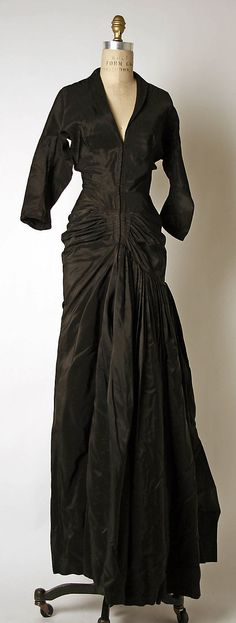 Evening dress Madame Grès (Alix Barton) (French, Paris 1903–1993 Var region) Date: ca. 1952 Culture: French Medium: silk