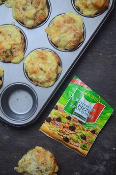 Cook Yourself - BLOG KULINARNY - Karolina Adamczyk - Rzeźnik: Muffinki pizza Griddle Pan, Food And Drink, Pizza, Cooking, Ethnic Recipes, Blog, Diy, Kitchen, Bricolage