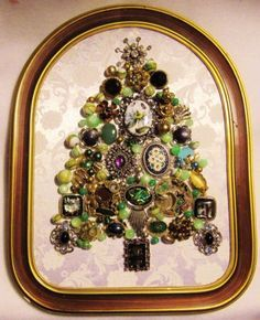 VINTAGE Jewelry OOAK Christmas Tree in Green Framed Picture Art #22