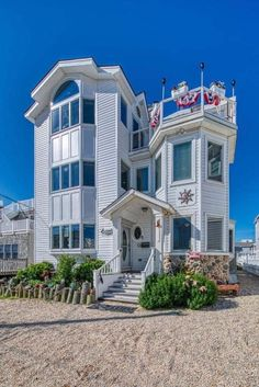 Beach House Retreats on LBI – Designed for Gathering and Good Times. Beach Haven, Rooftop Deck, Bachelorette Weekend, North Beach, Amazing Sunsets, Vacation Spots, Ideal Home, Beautiful Homes, Beach House