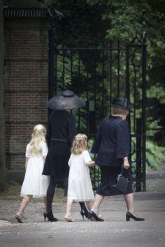 Princess Mabel and Princess Beatrix, August 16, 2013   The Royal Hats Blog