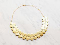 Awesome Etsy listing at https://www.etsy.com/pt/listing/255674863/handmade-gold-leather-laurel-leaf