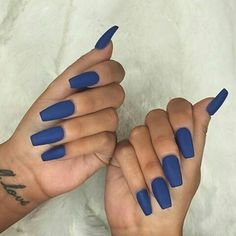 In seek out some nail designs and ideas for your nails? Listed here is our list of 10 must-try coffin acrylic nails for stylish women. Sexy Nails, Prom Nails, Fancy Nails, Nails On Fleek, Cute Nails, Pretty Nails, Dark Blue Nails, Blue Coffin Nails, Blue Acrylic Nails