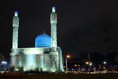 LoriL'unica moschea costruita su un'isola fluviale in Europa