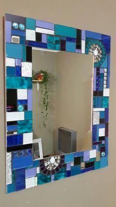 Mosaic Mirrors, Mosaic Art, Mosaics, Mosaic Projects, Projects To Try, Glass Painting Patterns, Sunburst Mirror, Modern Art Paintings, Decoration