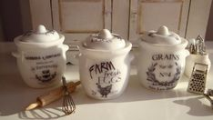 Vintage Ceramic Canisters For Dollhouse by Twelvetimesmoreteeny, €5.50
