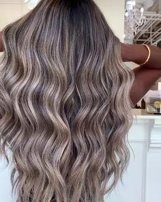Ash Blonde Hair Dye, Balayage Long Hair, Ash Balayage, Brown Hair With Blonde Highlights, Blonde Hair Looks, Dye My Hair, Hair Highlights, Ash Beige, Balayage Hair Tutorial