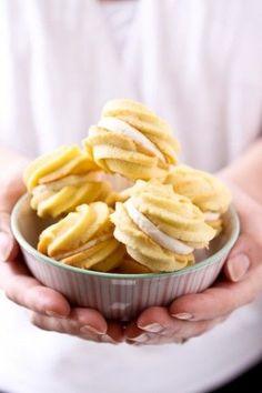 """Lemon Cream Cookies"" #spring #recipe | http://decorated-cookies-zoila.lemoncoin.org"