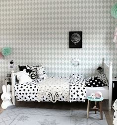 A cool girl's bedroom in green and dusty pink | Interior Design ...