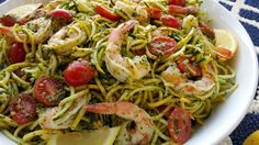 Fresh Pesto Shrimp + Zoodles {Takes just 15 minutes to throw together!} PIN it! Clean Eating Recipes, Healthy Eating, Cooking Recipes, Healthy Recipes, Grub Recipes, Clean Dinners, Clean Foods, Healthy Menu, Beef Recipes