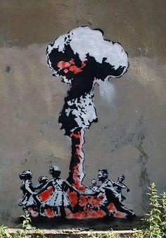Great collection of Banksy Graffiti Drawings. Great collection of Banksy Graffiti Drawings. Banksy Graffiti, Arte Banksy, Wie Zeichnet Man Graffiti, Banksy Artwork, Banksy Canvas, Street Art Banksy, Bansky, Banksy Artist, Urban Graffiti