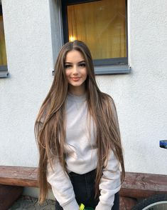 Discovered by Find images and videos about girl, hair and beauty on We Heart It - the app to get lost in what you love. Beautiful Long Hair, Gorgeous Hair, Pretty Hairstyles, Straight Hairstyles, Curly Hair Styles, Natural Hair Styles, Very Long Hair, Dream Hair, Hair Looks