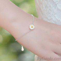Fresh Little Yellow Stamens Daisy Flower Sweet Sterling Silver Bracelets only…