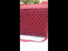 Punto farfalla a pannello lineare - YouTube Crochet Stitches Patterns, Crochet Chart, Stitch Patterns, Knit Crochet, T Shirt Yarn, Youtube, Pouch, Purses, Knitting