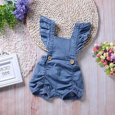 Trendy Ruffled Denim Slip Romper in Blue for Baby Girl – TYChome Baby Girl Romper, Baby Girl Newborn, Baby Girls, Baby Bloomers, Baby Bodysuit, Organic Baby Clothes, Cute Baby Clothes, Outfits Niños, Kids Outfits