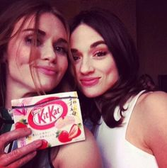 Holland Roden (Lydia Martin) and Crystal Reed (Allison Argent) behind the scenes of Teen Wolf.