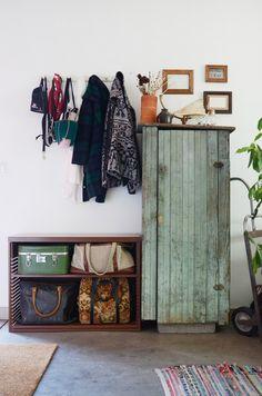 House Tour: Hannah's Creative Oakland Studio Apartment   Apartment Therapy