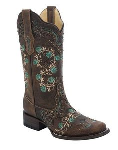Western store specializing in cowboy boots, cowgirl boots, western boots, and work boots. Popular brands like Corral Boots, Justin Boots, and Ariat.