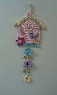 Crochet Birds - DIY Ideas for Creativity - DIY Ideas - Salvabrani Source by dgdkkprc Crochet Bunting, Crochet Garland, Crochet Birds, Crochet Motifs, Crochet Decoration, Crochet Flower Patterns, Crochet Art, Crochet Home, Love Crochet