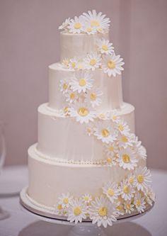 from mountain girl cakes / cakes by rachel Daisy Wedding Cakes, Daisy Cakes, Summer Wedding Cakes, Country Wedding Cakes, Gorgeous Cakes, Pretty Cakes, Wedding Shit, Church Wedding, Wedding Things
