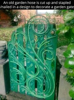This is a recycled water hose decorated garden gate. Gatescape, The Enchanted Gate, Creative Gippsland, Sue Fraser. Garden Crafts, Garden Projects, Recycled Garden Art, Recycled Decor, Diy Projects, Water Hose, Backyard Fences, Fun Backyard, Garden Landscaping