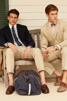 U'd have 2 b @least 6'3'' to pull dis off n ur legs not look awkward short