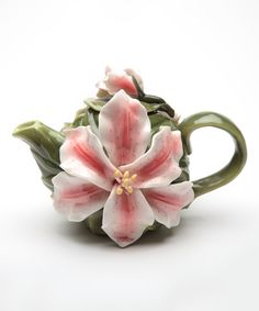 Take a look at this Cosmos Lily Teapot today! Teapots And Cups, Pot Sets, Hibiscus Flowers, Chocolate Pots, Fine Porcelain, Porcelain Jewelry, Tea Time, Tea Party, Tea Cups