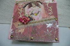Caixa em madeira decorada 16x16 cm - Vadita Decor, produtos de decoração