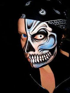 Cool skeleton makeup