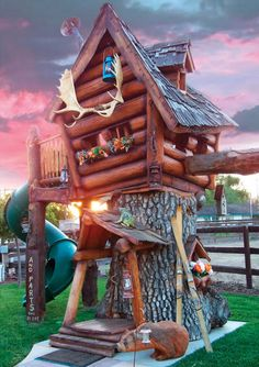Have $20,000 laying around? If so, this Hammacher Schlemmer tree house would make for a great gift for your kids.