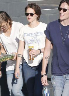 Kristen Stewart Hanging with friends.