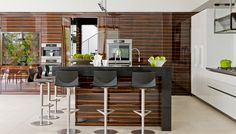 Find out all of the information about the eggersmann küchen GmbH & Co. KG product: contemporary kitchen HOUSE MIAMI. European Kitchens, Luxury Kitchens, Cool Kitchens, German Kitchen, Country Kitchen, Aluminum Kitchen Cabinets, Wood Cabinets, Kitchen Modular, Miami