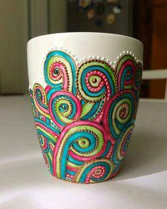 Glass Painting Designs, Paint Designs, Bottle Painting, Dot Painting, Painting Pots, Painted Coffee Mugs, Unique Mehndi Designs, Mug Art, Altered Bottles