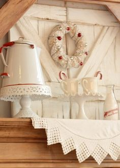 Red and white work in so well for Christmas (from Sugar Pie Farmhouse)