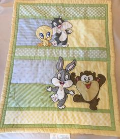ec279c82fdc1a LOONEY TUNES BABY BLANKET QUILT TWEETY TAZ SYLVESTER Bugs Bunny Crib Blanket