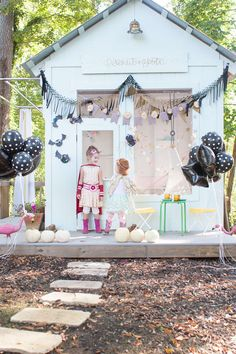 cute and sweet halloween decor ideas | adorable @landofnod costumes