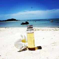 www.cinqmondes.com l Huile Universelle Ayurvédique l En bord de plage... l @Simone M.