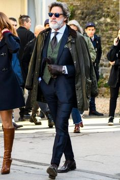 Dashing Formal Outfit Ideas for Stylish Men Click image to see more. Formal Winter Outfits, Formal Men Outfit, Winter Outfits Men, Men Formal, Casual Wear, Casual Outfits, Gentleman Mode, Gentleman Style, Dapper Gentleman