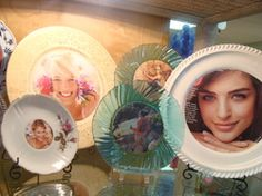 Love these plates as frames! Doing this in my home!   Picture