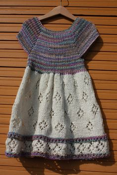 Ravelry: Project Gallery for bloom pattern by Georgie Hallam