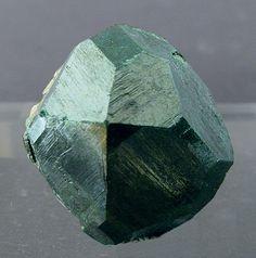 Uvarovite (garnet) crystal / Mokkivaara Mine, Outokumpu, Finland