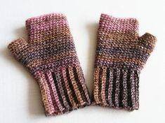 hand in warm diy cz Knitted Gloves, Knitwear, Crochet Hats, Knitting, Winter, Handmade, Hand Crafts, Crochet Things, Cowl