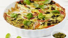 Finnish Recipes, Salty Snacks, Vegetable Pizza, Pesto, Mozzarella, Tart, Dessert Recipes, Desserts, Good Food