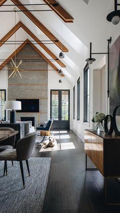 Wooden Console Table, Loft, Interior Architecture, Luxury Interior Design, Modern Cabin Interior, Modern Farmhouse Interiors, Modern Homes, Interior Ideas, White Walls