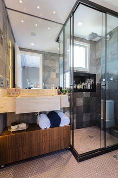 banheiro masculino com revestimentos modernos #hogarhabitissimo